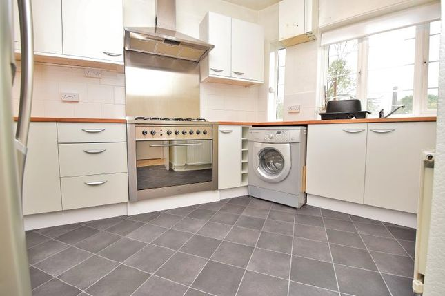 Thumbnail Flat to rent in Canons Corner, Edgware, Middlesex