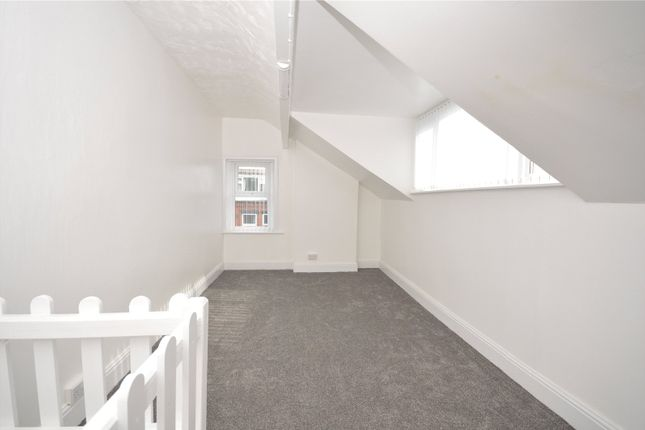 Picture 5 of Harlech Avenue, Leeds, West Yorkshire LS11