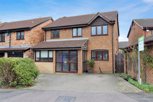 Thumbnail Detached house for sale in The Melings, Hunters Oak, Hemel Hempstead
