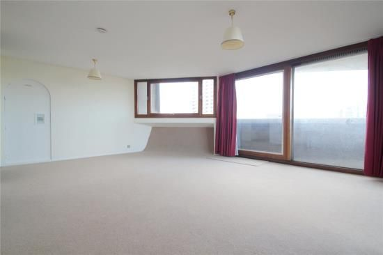 Thumbnail Flat to rent in Cromwell Tower, Barbican, London