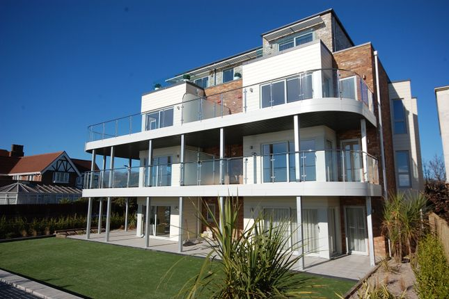 Thumbnail Flat for sale in Boscombe Overcliff Drive, Bournemouth