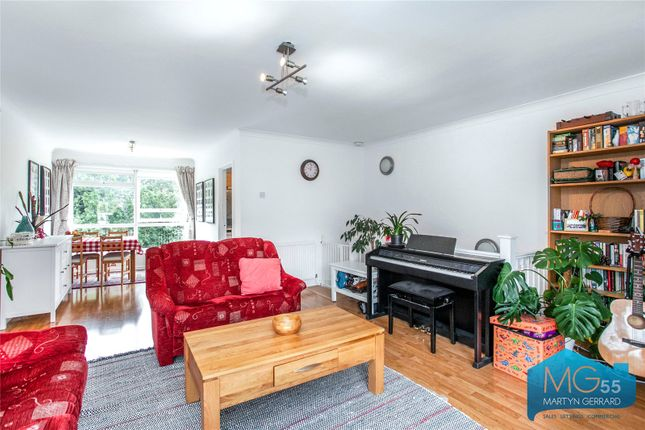 Picture No. 22 of Heath View, East Finchley, London N2