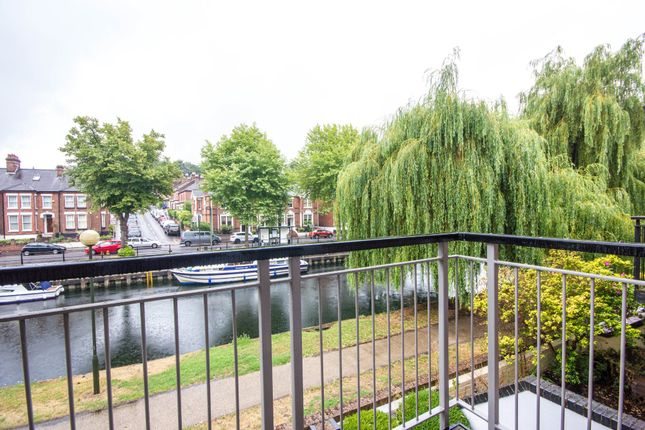 Thumbnail Town house to rent in Lovelstaithe, Norwich