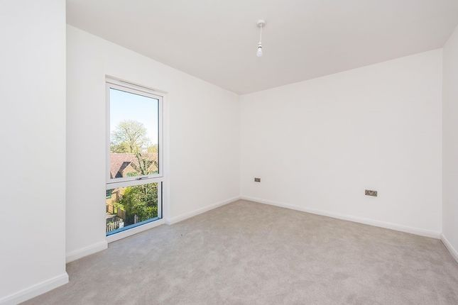 Bedroom of King Charles Road, Surbiton, Surrey KT5