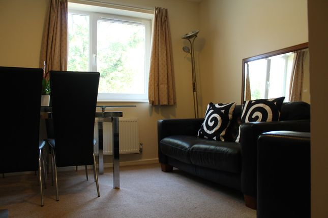 Thumbnail Flat to rent in Off Frith Lane, Mill Lhill