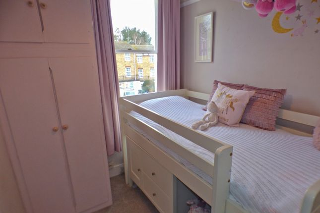Front Bedroom 2 of York Road, New Barnet, Barnet EN5