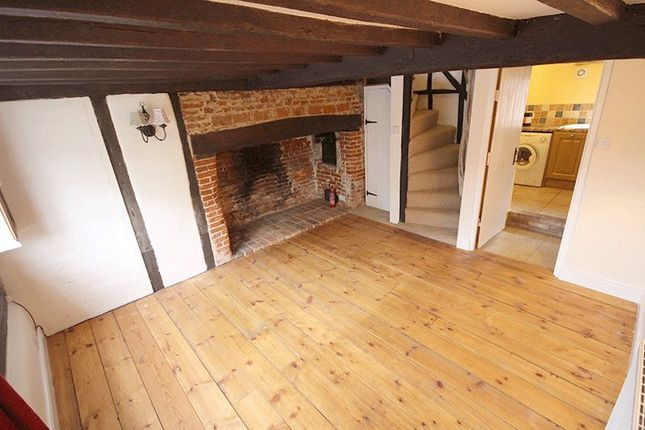 Thumbnail Cottage to rent in The Street, Fritton, Norwich