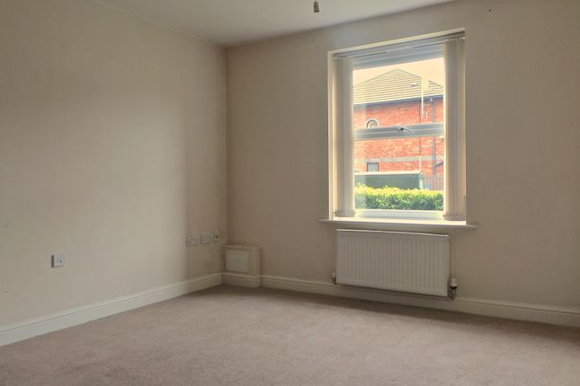 Thumbnail Flat to rent in Manor Fold, Atkin St, Walkden