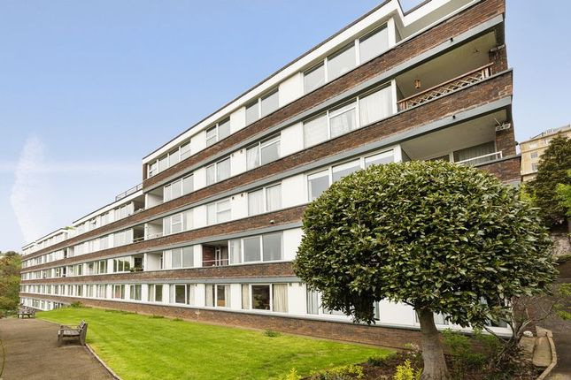 Thumbnail Flat for sale in Victoria Terrace, Clifton, Bristol