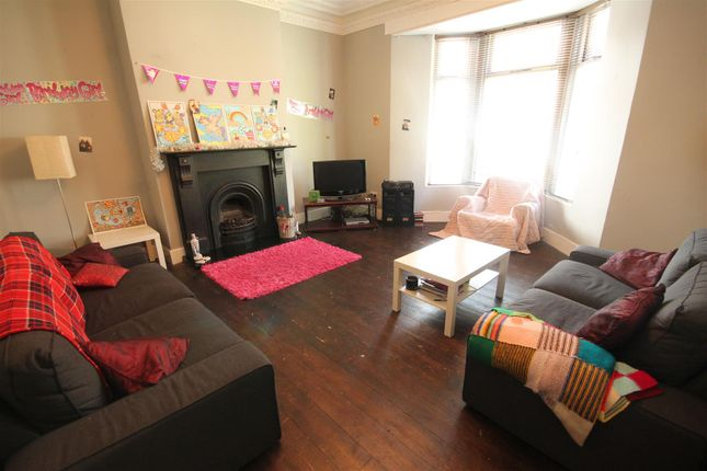 4 bed terraced house to rent in Harrison Place, Sandyford, Newcastle Upon Tyne NE2