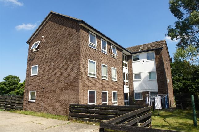 Thumbnail Flat for sale in Postmill Close, Ipswich