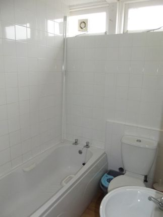 Bathroom of Sixth Avenue, South Shore Holiday Village, Bridlington YO15