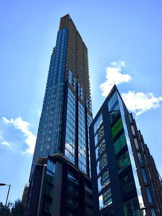 Thumbnail Flat for sale in 250 City Road, Tower 1, Angel, London