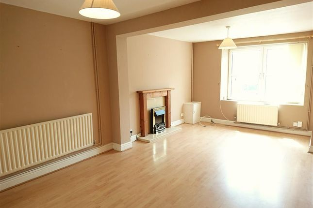 Thumbnail Terraced house to rent in Clase Road, Morriston, Swansea