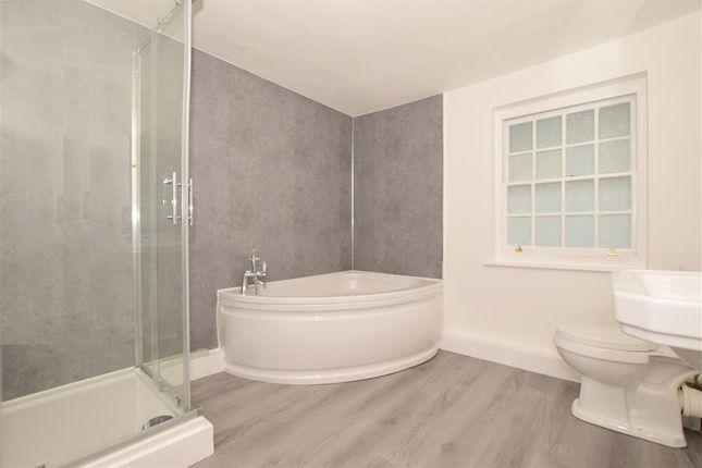 Bathroom of Barrow Hill House, Ashford, Kent TN24