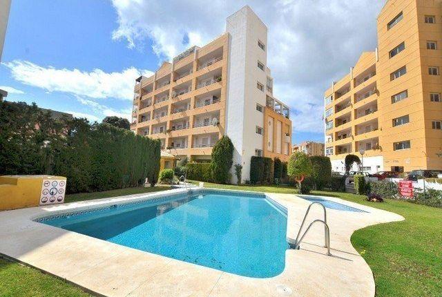 2 bed apartment for sale in Benalmádena, Málaga, Spain
