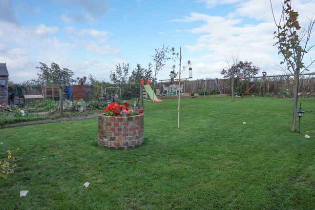 Garden of Lawn House Lane, Edgcott HP18