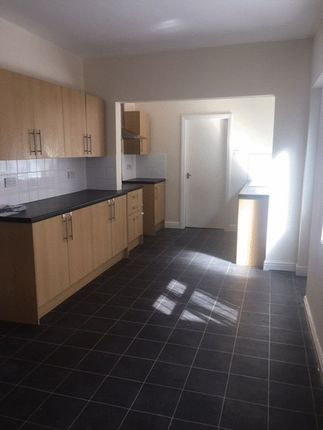 Thumbnail Property to rent in Victor Street, Grimsby