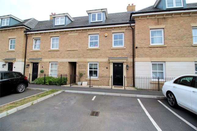 Thumbnail Detached house for sale in Rainbow Road, Slade Green, Kent