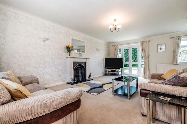 Living Room of Farnefold Road, Steyning, West Sussex BN44