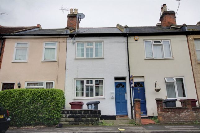 Terraced house to rent in Cholmeley Place, Reading, Berkshire