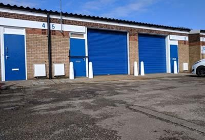Light industrial to let in Unit 6, Courtney Street Unit Factory Estate, Courtney Street, Hull