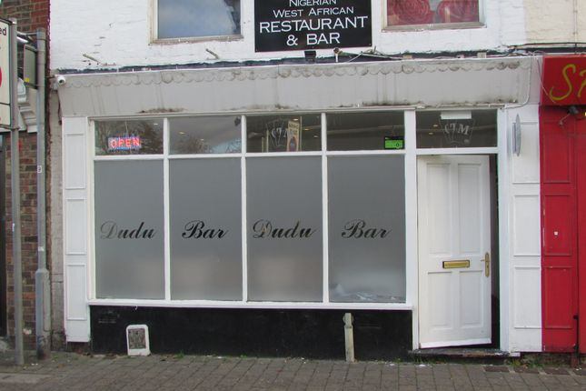 Thumbnail Restaurant/cafe to let in High Town Road, Luton, Bedfordshire