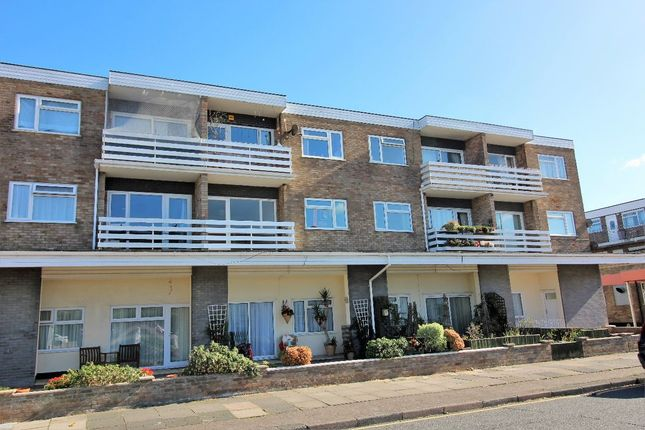 Thumbnail Flat for sale in Kings Avenue, Holland On Sea, Clacton On Sea