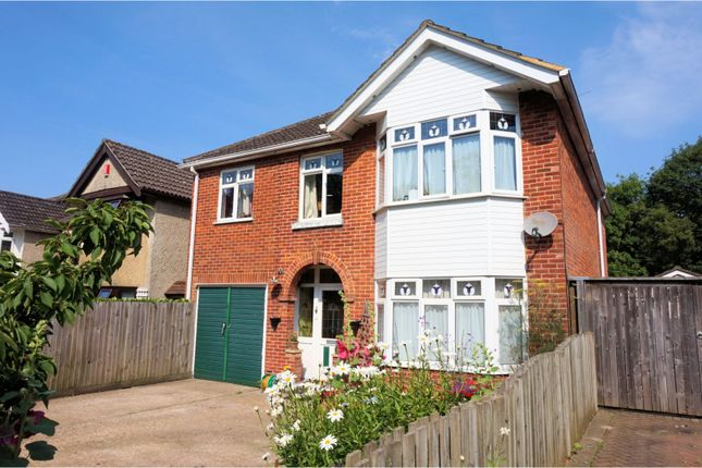 Thumbnail Detached house for sale in Peartree Avenue, Bitterne, Southampton