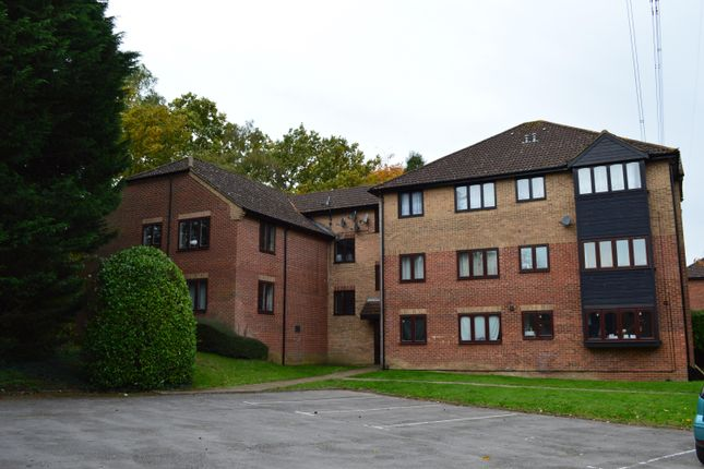 Thumbnail Flat to rent in Nursery Gardens, Chandlers Ford, Eastleigh