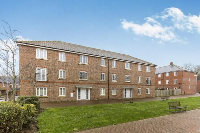 Thumbnail Flat for sale in Kew House, The Boulevard, Tangmere, Chichester