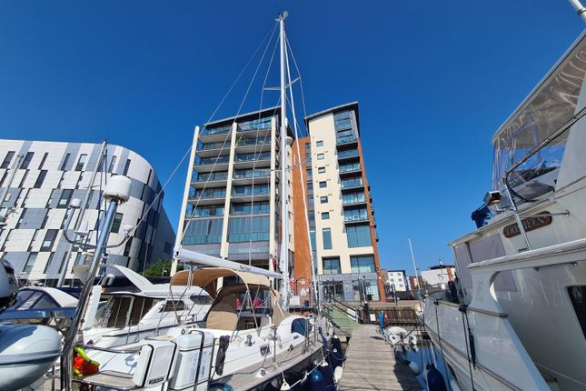 4 bed flat for sale in Penthouse Apartment, Neptune Marina, Coprolite Street IP3