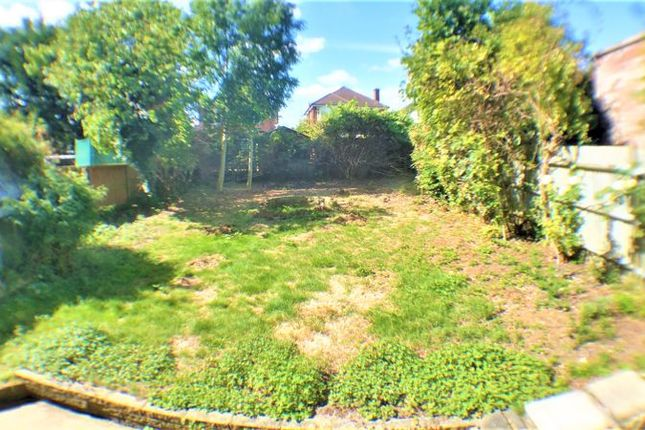 Photo 10 of Wolmer Gardens, Edgware HA8