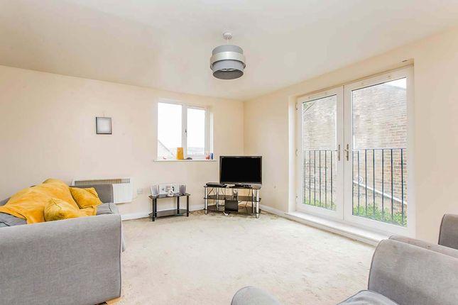 2 bed flat for sale in Regency Gardens, Mount Terrace, Halifax, West Yorkshire HX2
