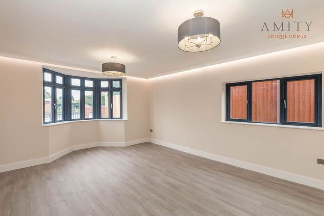 Living Room of Shipton Road, Sutton Coldfield B72