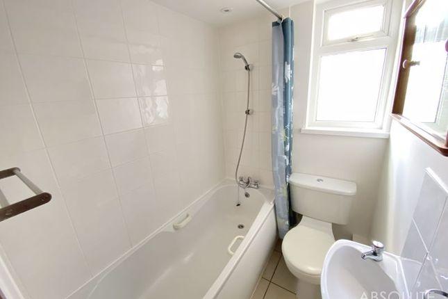 Bathroom of Burton Street, Brixham TQ5