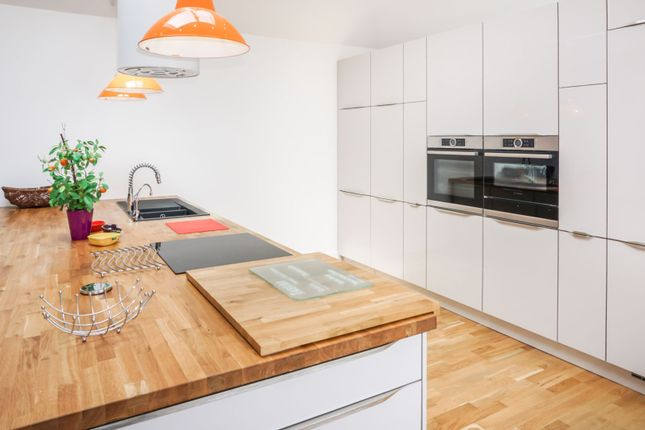 Kitchen of Hayling Rise, Worthing BN13