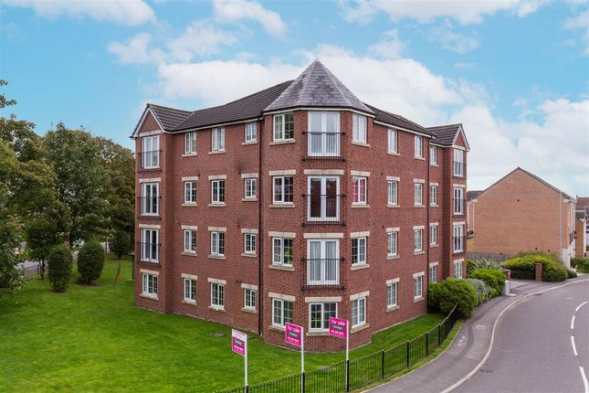 2 bed flat for sale in New Forest Way, Middleton, Leeds LS10