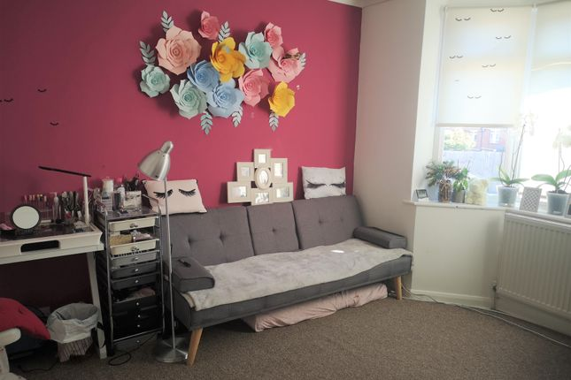 Thumbnail Terraced house to rent in Corporation Road, Gillingham