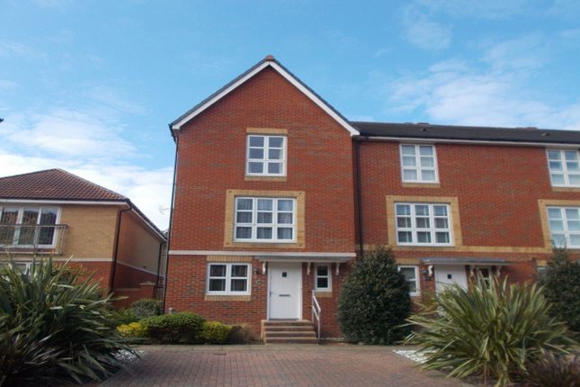 Thumbnail Town house to rent in Caroline Way, Eastbourne
