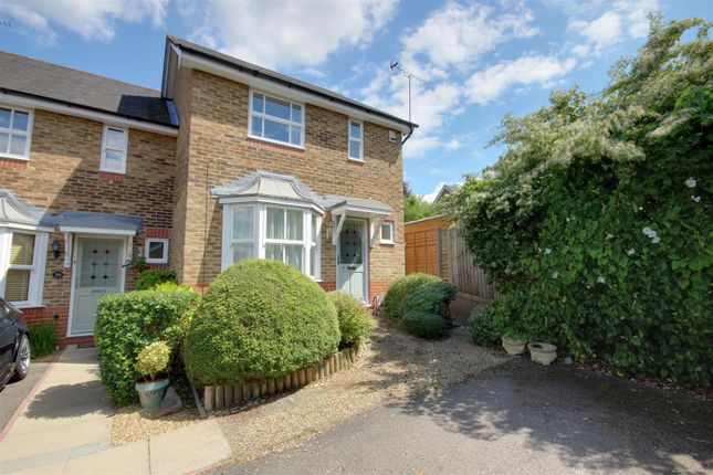 Thumbnail Property to rent in Laidlaw Drive, London