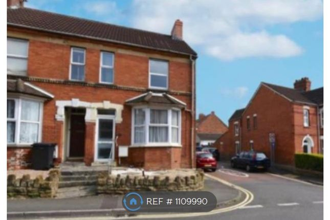 3 bed terraced house to rent in Goldcroft, Yeovil BA21