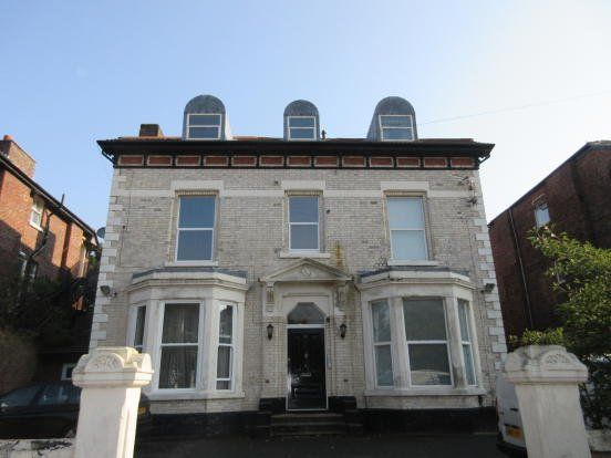 Thumbnail Flat to rent in Victoria Road, Waterloo, Liverpool