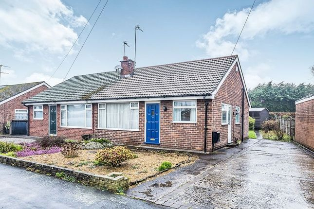 Thumbnail Bungalow to rent in Alumbrook Avenue, Holmes Chapel, Crewe