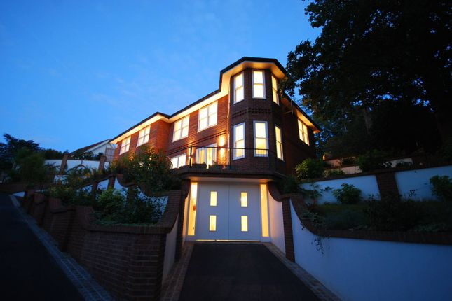Thumbnail Detached house for sale in Mountview Road, Claygate