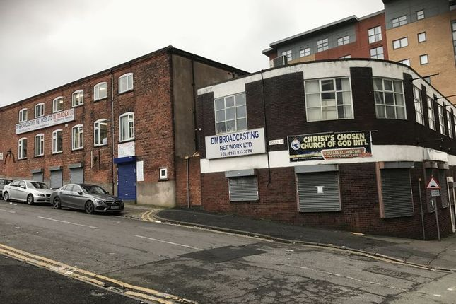 Thumbnail Commercial property for sale in Lord Street, Manchester