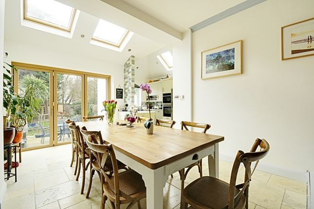 Thumbnail Terraced house for sale in Avenue Gardens, Acton