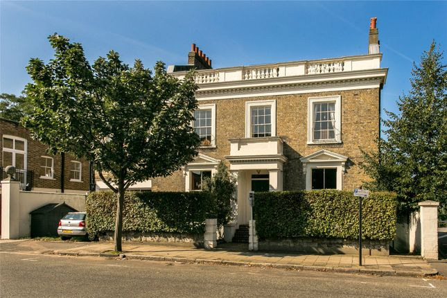 Thumbnail Detached house for sale in Victoria Rise, London