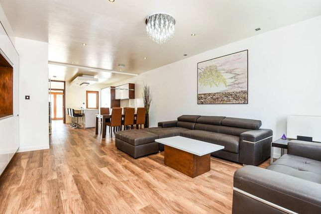 Thumbnail Property for sale in Cavendish Road, London