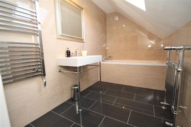 Bathroom2 of Hamboro Gardens, Leigh-On-Sea SS9